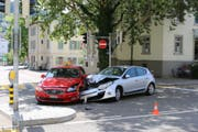 The two cars had to be towed. (Photo: Stadtpolizei St.Gallen - July 27, 2019)