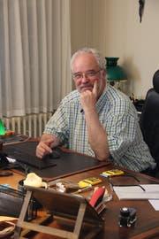 Christoph Winterhalter an seinem Schreibtisch. (Bild: ibi)