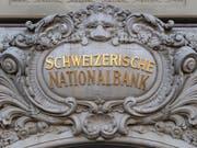 Der wieder stärker gewordene Franken dürfte das Ergebnis der SNB im zweiten Quartal gedrückt haben. (Bild: KEYSTONE/ANTHONY ANEX)