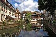 Die Idylle täuscht: Das Elsass - im Bild Strassburg - sorgt in Frankreich mit seinem Wunsch für mehr Autonomie für angespannte Stimmung. (Bild: Monika Neumann/pixabay)