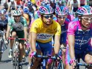 Schöne Erinnerungen: Der neue Schweizer Strassen-Assistenztrainer Rubens Bertogliati fuhr an der Tour de France 2002 zwei Tage im Maillot jaune (Bild: KEYSTONE/EPA DPA/GERO BRELOER)