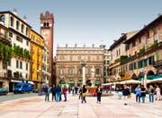 Die Piazza delle Erbe in Verona. (Bild: PD)