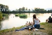 Tagsüber Ferienstimmung, abends wild abfeiern: Das Szene Openair Lustenau am Alten Rhein. (Foto: Matthias Rhomberg)