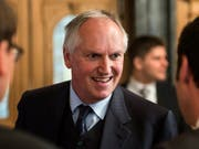 Der Lobbyist und ehemalige Botschafter Thomas Borer zeigt sich erfreut, dass das Strafverfahren der Bundesanwaltschaft gegen ihn eingestellt worden ist. (Bild: KEYSTONE/ALESSANDRO DELLA VALLE)