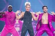 Cool, selbstbewusst und mutig: Pink liefert im Letzigrund eine starke Show. (Ennio Leanza/Keystone)
