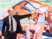 Bucher Industries - im Bild CEO Jacques Sanche - hat im ersten Halbjahr eine rückläufige Nachfrage nach den Landmaschinen der Kuhn Group in den USA verspürt. (Bild: KEYSTONE/ENNIO LEANZA)