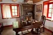 Während Unternehmer Adolph Philipse Karten spielte, schufteten in der Scheune und in der Mühle die Sklaven. Bild: Bryan Haeffele