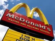 Das italienische Kulturministerium hat Pläne des amerikanischen Fast-Food-Riesen McDonald's gestoppt, eine Filiale in der Nähe der antiken Caracalla-Thermen in Rom zu eröffnen. (Bild: KEYSTONE/AP/GENE J. PUSKAR)