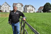 OK-Präsident Siegfried Dörig auf dem Areal des Appenzeller Kantonalschwingfestes, das dieses Wochenende in Stein ausgetragen wird. (Bild: Mea McGhee)