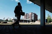 Auf das kommende Schuljahr hin wurden dem Langzeitgymnasium so viele Schüler zugewiesen wie noch nie. (Bild: Stefan Kaiser, Zug, 17. Juni 2019)