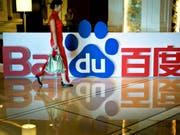 Das chinesische «Google»: Baidu will mit Toyota und dem chinesischen Autokonzern Geely selbstfahrende Autos auf die Strasse bringen. (Bild: KEYSTONE/AP/ANDY WONG)