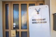Im Restaurant Hirschen kehren momentan keine Gäste ein.