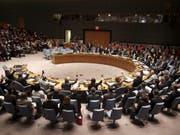 Der Uno-Sicherheitsrat fordert eine Waffenruhe in Libyen. Die Konfliktparteien müssten sich um eine politische Lösung bemühen und Hilfsorganisationen Zugang gewähren. (Bild: KEYSTONE/AP/SETH WENIG)
