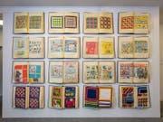 Eine vielseitige Ausstellung im Museum Appenzell widmet sich der heute vergessenen Bedeutung von Taschentüchern. Gezeigt werden unter anderem die kreativen Entwürfe von Appenzeller Firmen in Musterbüchern. (Bild: Museum Appenzell)