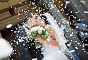 Mehr als fünf Hochzeiten auf 1000 Einwohnerinnen und Einwohner wurden letztes Jahr im Toggenburg verzeichnet.Symbolbild: Carlo Buttinoni
