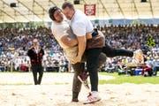 Stehen sich Nick Alpiger und Christian Schuler auch im Schlussgang gegenüber? (Bild: Alexandra Wey/Keystone)