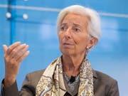 Die Euro-Finanzminister haben Christine Lagarde offiziell für die Nachfolge von Mario Draghi an der Spitze der Europäischen Zentralbank nominiert. (Bild: KEYSTONE/EPA/ERIK S. LESSER)