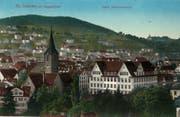 Das 1911/12 gebaute Gewerbeschulhaus an der Kirchgasse 15 auf einer 1915 gelaufenen Ansichtskarte. (Bild: Sammlung Reto Voneschen)