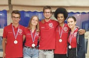 Das Schweizer Team (von links): Tobias Vetter, Anna-Lena Hatzold, Yannik Friedli, Carlo Mühlemann, Julia Gschwind. (Bild: Geografie-Olympiade)