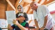 In den Quartierschulen des TISG lernen Asylsuchende spielerisch Deutsch – unterhaltsam, aber qualitativ fragwürdig. (Bild: Urs Bucher, 26. Juni 2017)