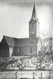Die Kirche St.Mangen und der dazugehörige Friedhof vom Unteren Graben her. (Bild: Stadtarchiv OG St.Gallen)