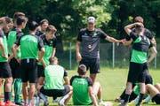Er sagt, wo es langgeht: St.Gallen-Trainer Peter Zeidler. (Bild: Freshfocus)