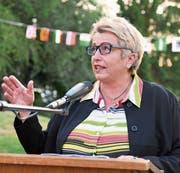 Regierungsrätin Cornelia Komposch hält die Festrede zum Bundesfeiertag in Sommeri. (Bild: Helio Hickl)