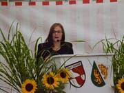 Sibylle Moopanar spricht in Buhwil zur Festgemeinde. (Bild: Christoph Heer)
