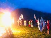 In Mürren im Berner Oberland protestierte die Alpen-Initiative am Samstagabend mit einem Mahnfeuer gegen die Zerstörung der Alpen als Folge des Klimawandels. (Bild: Compte Twitter de Maya Graf)