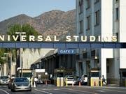 Universal Studios sagt nach den Massakern in den USA den Kinostart eines umstrittenen Filmes ab. (Bild: KEYSTONE/AP Invision/CHRIS PIZZELLO)
