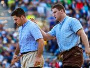 Armon Orlik (rechts) hat Mike Müllestein besiegt. Hier schien alles in Ordnung zu sein (Bild: KEYSTONE/EDDY RISCH)