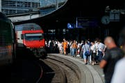 Am Bahnhof in Zug wird während dem Esaf noch mehr los sein, also sonst. (Bild: Stefan Kaiser, Zug, 9. August 2019)