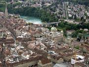 Hohes Umweltbewusstsein, saubere Luft und hohe Sicherheit sowie ein hohes Durchschnittseinkommen: Expats vergeben der Stadt Bern gute Noten. (Bild: KEYSTONE/PETER SCHNEIDER)