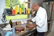 Saif Khan hat die Lehre als Koch in der Schweiz mit Spitzennoten abgeschlossen.
