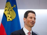 «Eine Monarchie bringt sehr viel Stabilität»: Erbprinz Alois, Liechtensteins amtsführender Stellvertreter von Fürst Hans-Adam II und Thronfolger. (Bild: KEYSTONE/PETER KLAUNZER)