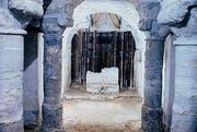 Dia-Kopie der Grabung aus den 1960er-Jahren: Otmar-Krypta im westlichen Teil der Kathedrale. (Bild: pd)