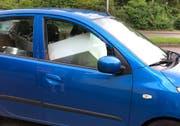 ...Schachteln, die die Sicht versperren, auf dem Beifahrersitz. (Bilder: Stadtpolizei St.Gallen - 14. August 2019)