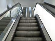 Die Lifte und Rolltreppen von Schindler waren im ersten Halbjahr gefragt. (Bild: KEYSTONE/GAETAN BALLY)