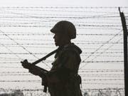Scharmützel kommen entlang der Kontrolllinie zwischen den von Indien und Pakistan beherrschten Teilen Kaschmirs immer wieder vor. (Bild: Keystone/EPA/RAMINDER PAL SINGH)