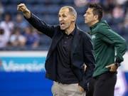 Luzerns Trainer Thomas Häberli steht im Rückspiel mit seinem Team bei Espanyol Barcelona vor einer so gut wie unlösbaren Aufgabe (Bild: KEYSTONE/ALEXANDRA WEY)