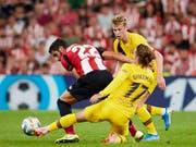 Der FC Barcelona tut sich mit Neuzugang Antoine Griezmann, aber ohne Lionel Messi schwer (Bild: KEYSTONE/AP/ION ALCOBA BEITIA)