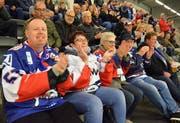 Viele Fans sind von Mannheim angereist, um ihre «Adler» lautstark zu unterstützen. Bilder: Christoph Heer