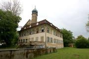 Blick aus der Nähe auf das Schloss Luxburg. (Bild: Rolf Blust)