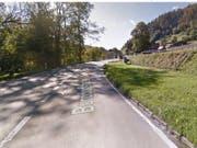 Im Gebiet Schlupf bei Oberdiessbach ist es am Freitag zu einem Verkehrsunfall mit drei Fahrzeugen gekommen. Vier Personen wurden dabei verletzt. (Bild: Google Streetview)