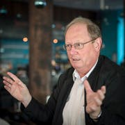 Bruno Eberle ist Präsident von Pro Bahn Ostschweiz. Die Organisation vertritt die Interessen der Bahnkunden. (Bild: Urs Bucher - 3.12.2016)