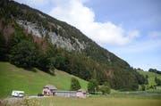 Ohne Schutzwald wäre die Badi Schönenbodensee von Steinschlag bedroht. (Bild: Jessica Nigg)