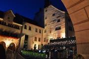 Die Lichtregie tauchte die Altstadtkulisse wieder ein stimmungsvolles Licht. (Bilder: Carola Nadler)