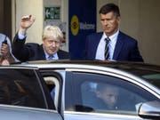 Der britische Premierminister Boris Johnson wirbt in einem Brief an EU- Ratspräsident Donald Tusk Änderungen am Brexit-Abkommen verlangt. Dabei soll der sogenannte Backstop für Irland gestrichen werden. (Foto: Simon Dawson/EPA) (Bild: KEYSTONE/EPA BLOOMBERG POOL/SIMON DAWSON / POOL)