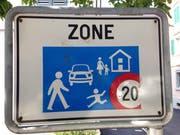 Das Verkehrssignal für die Begegnungszone.