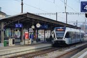 Schon im Jahr 2021 sollen Direktzüge von Weinfelden-Romanshorn-Rorschach nach Lindau fahren - im Bild die S7 in Weinfelden. (Bild: Noah Salvetti)